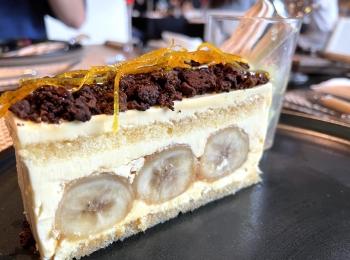 濃厚で大人な味わい。ラム酒薫るバナナのバタークリームケーキ
