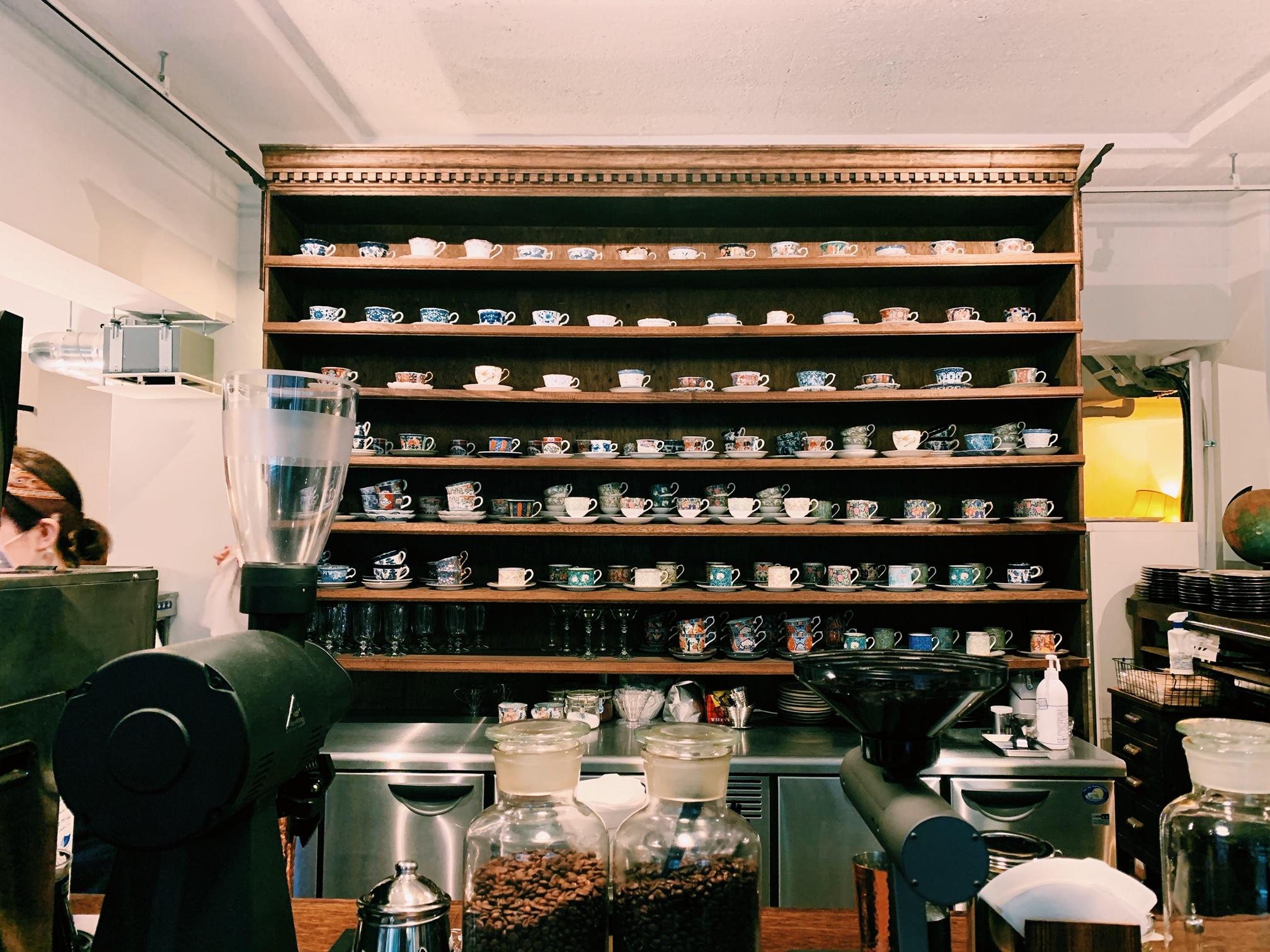 【おすすめカフェ】扉を開けると《お花×アンティーク》の素敵空間♡_3