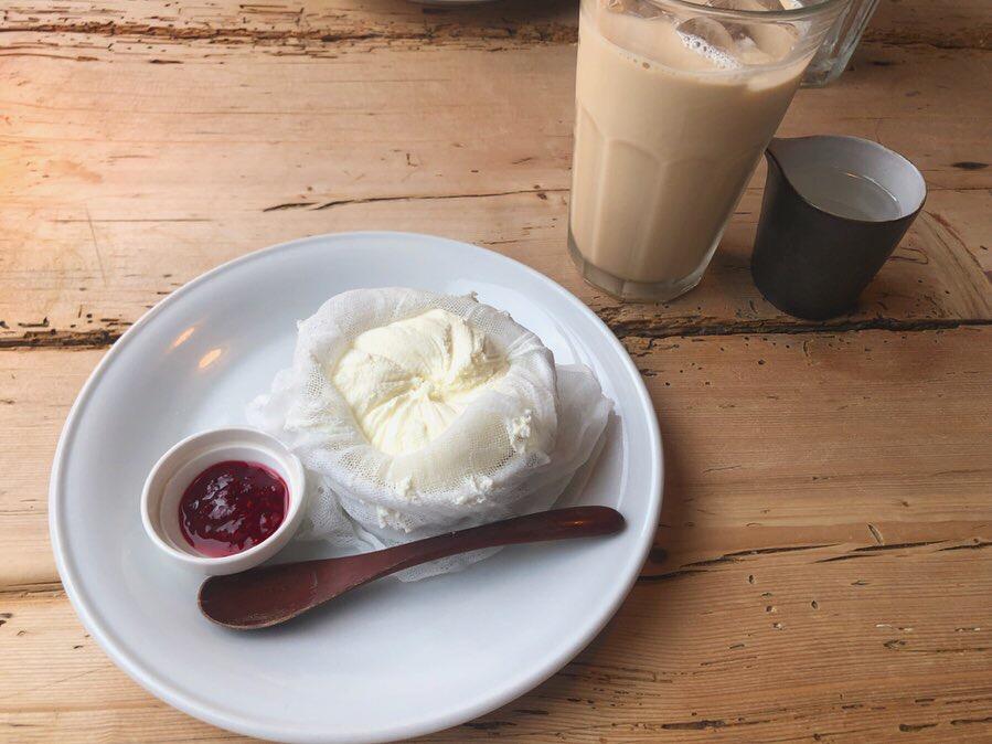 @神戸【センスが光るお洒落カフェ♡】新感覚?!レアチーズケーキがうまい_4