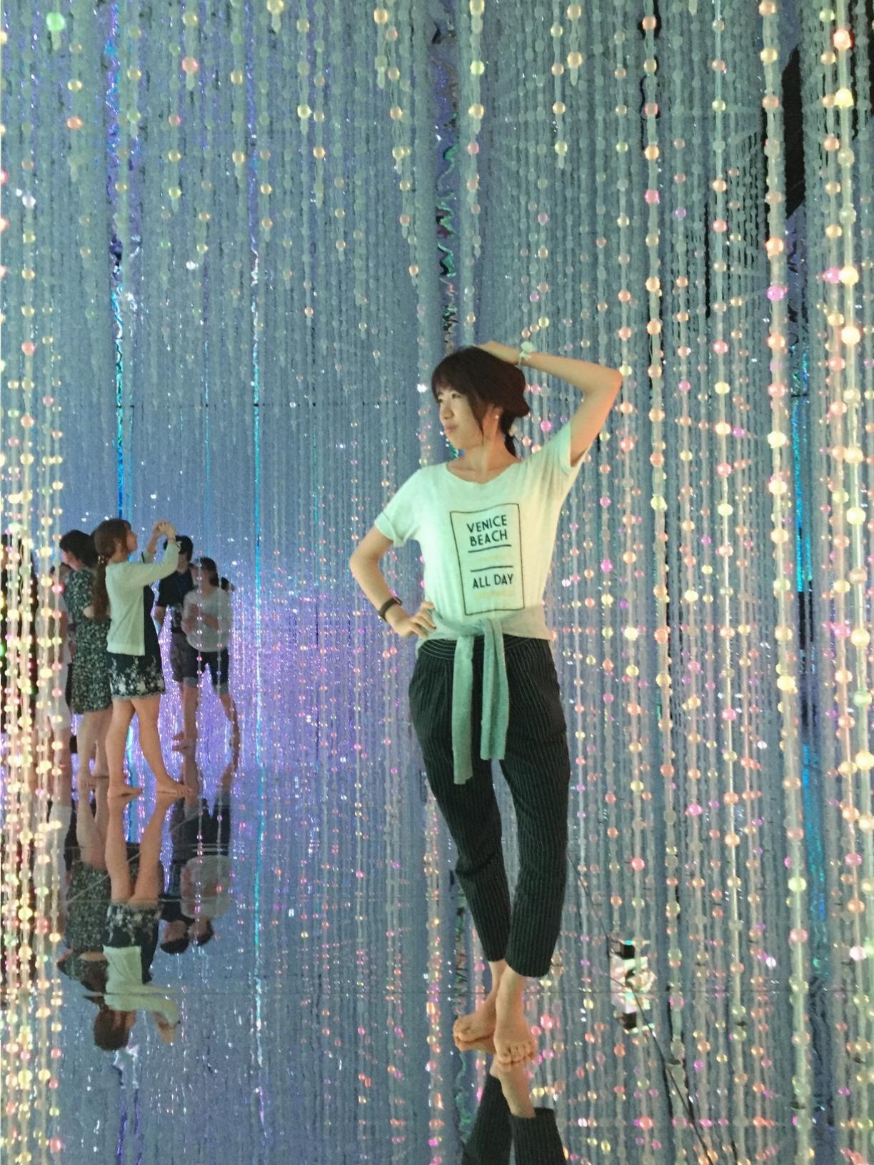 【夏のお出掛けスポット/DMM.プラネッツ Art by teamLab】水に浸かったり仰向けになったりして鑑賞する『デジタルアート』が幻想的✨8/31まで!お台場に急げ♩≪samenyan≫_10