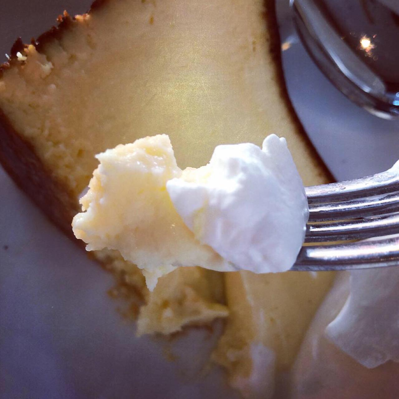 いまバズっているスイーツ!バスクチーズケーキを東京で食べるならココ♡_3