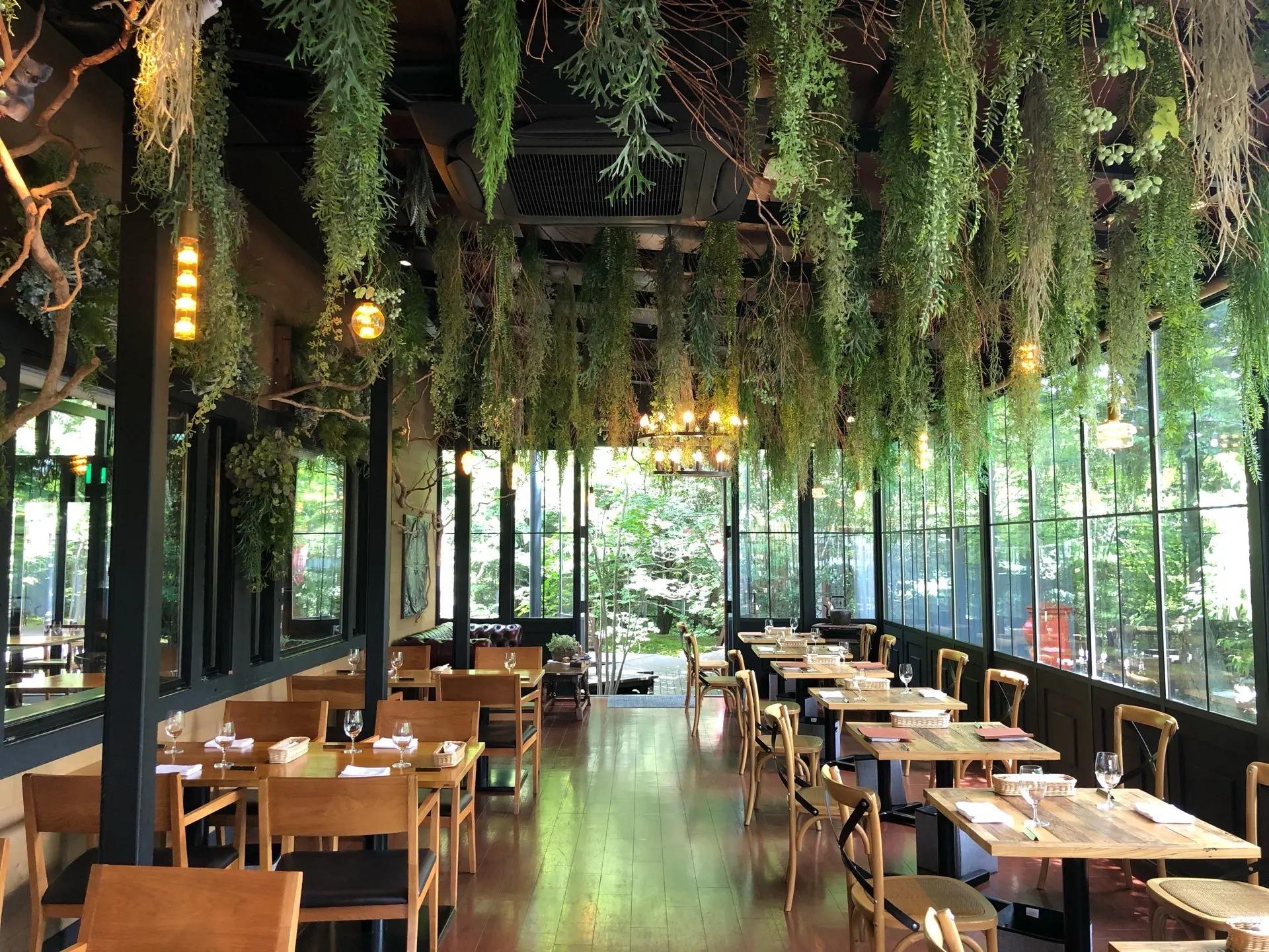 軽井沢のレストラン『LONGING HOUSE 軽井沢』