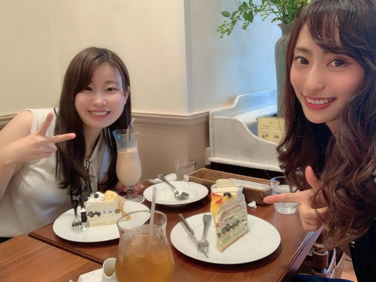 【HARBSのケーキ初めて食べてきたよ♡】_3