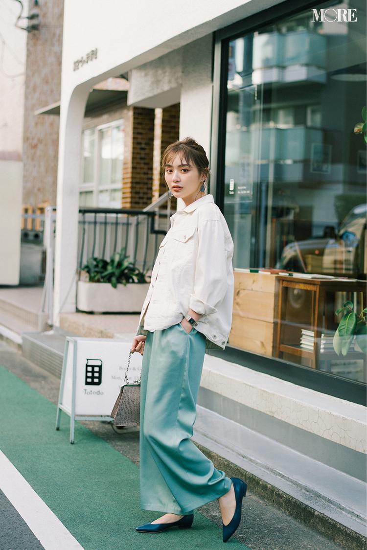 『ユニクロ』のジーンズを新作から定番まではき比べ! 春コーデの超便利アイテムも☆【今週のファッション人気ランキング】_1_2