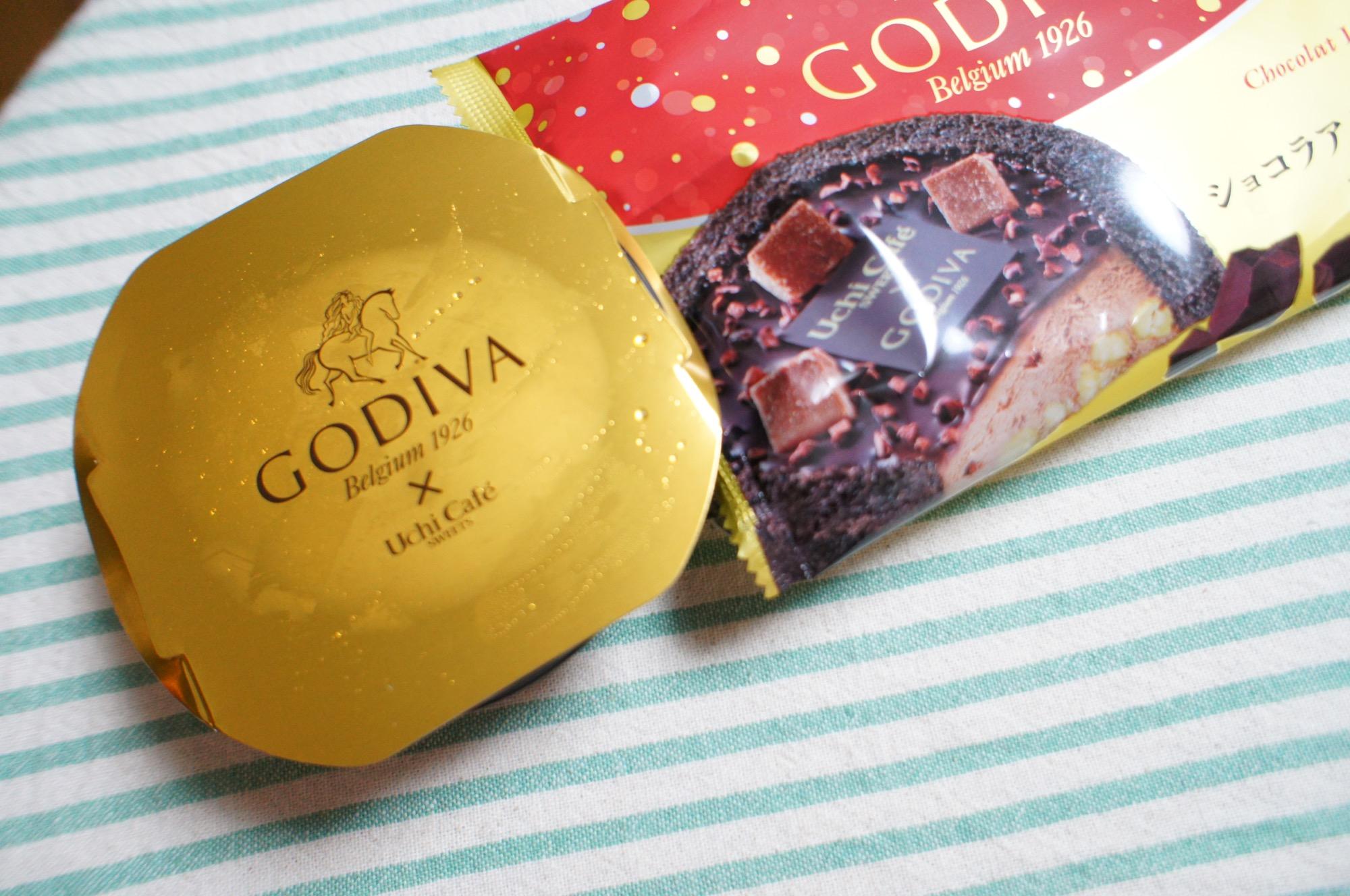 《大人気❤️コラボスイーツ!》【LAWSON × GODIVA】ショコラアイスクリームロールケーキが絶品☻_2