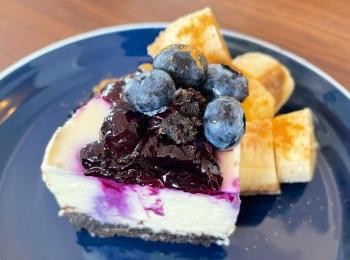 《簡単おやつ》とろける超濃厚レアチーズケーキのレシピ