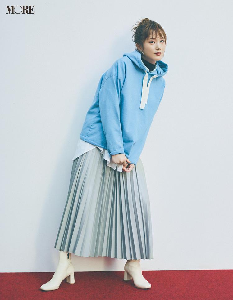 エコレザーのプリーツスカートで捨てないおしゃれを実践する本田翼