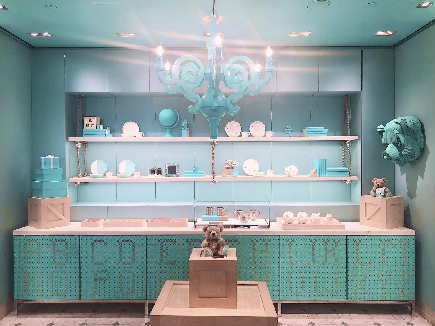 【思い出投稿】〈NY〉予約困難の大人気ティファニーカフェ『The Blue Box Cafe』_2