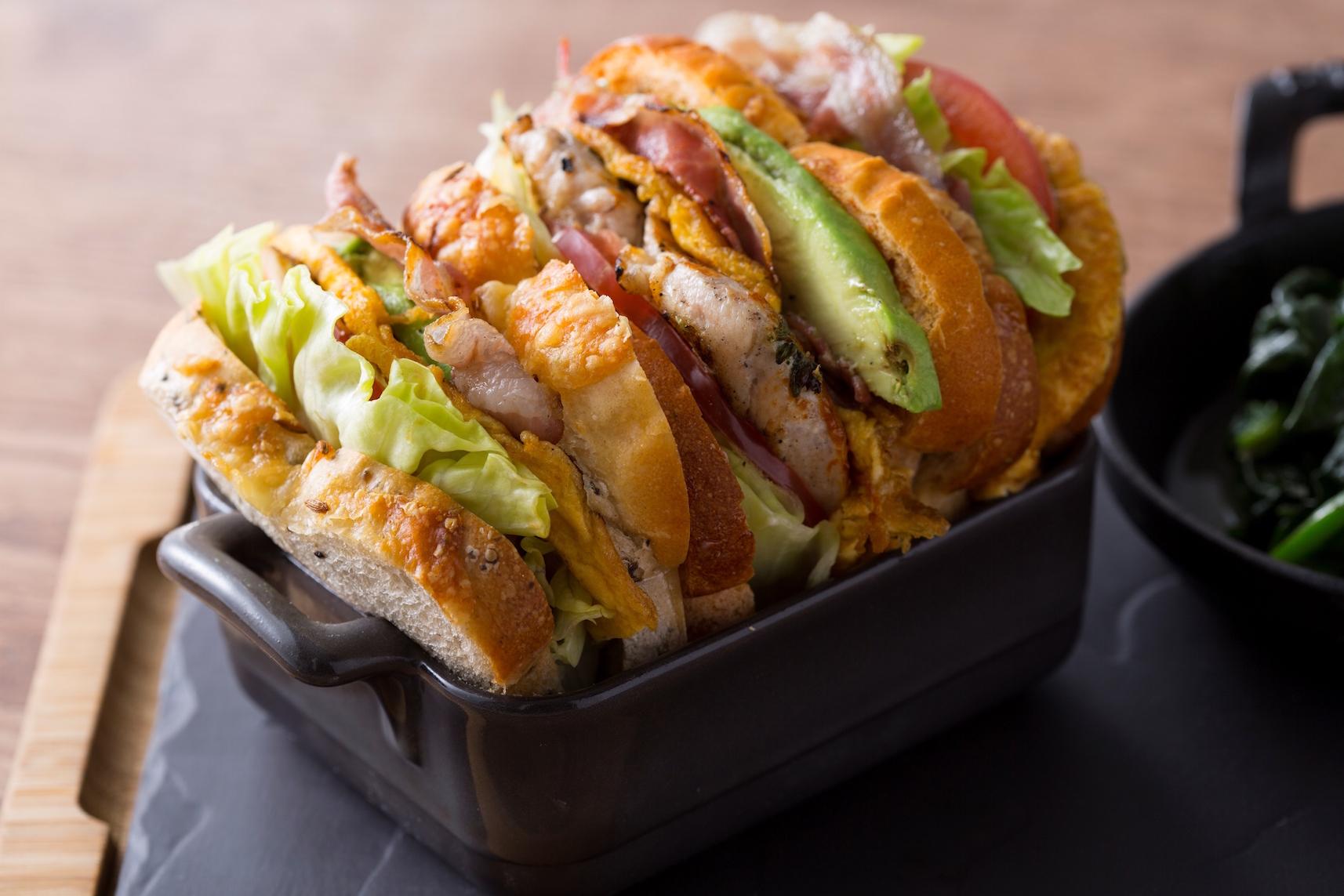 『ヒルトン東京』で、贅沢サンドイッチのランチはいかが?_2