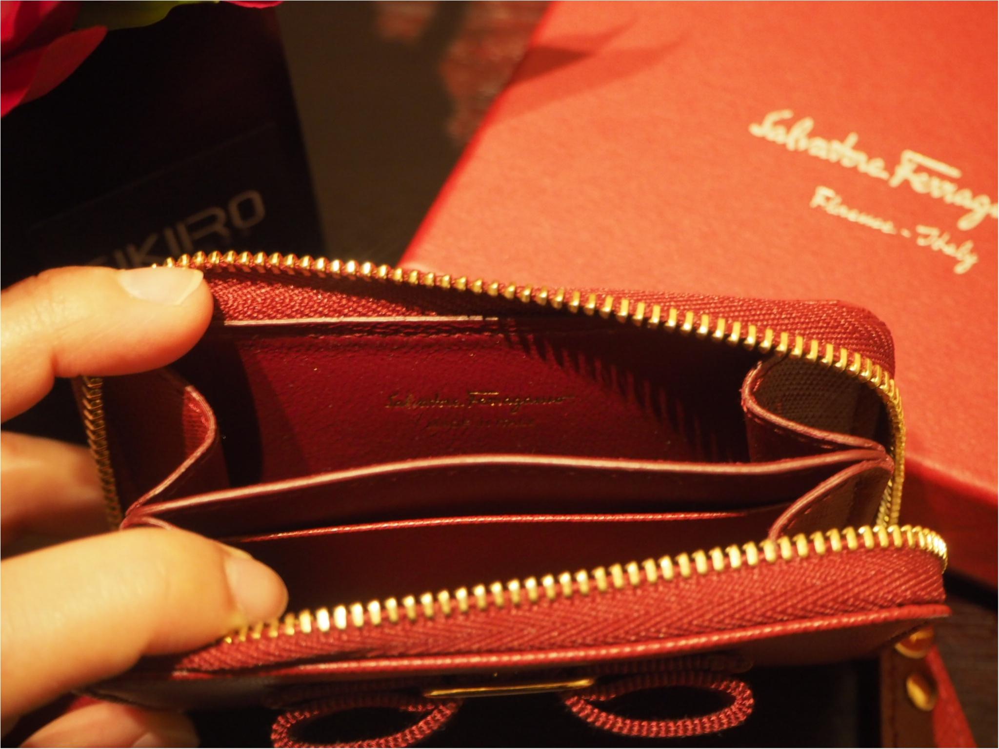 自分へのご褒美は「Salvtore Ferragamo(サルヴァトーレフェラガモ)」のミニ財布をお迎えしました!_4