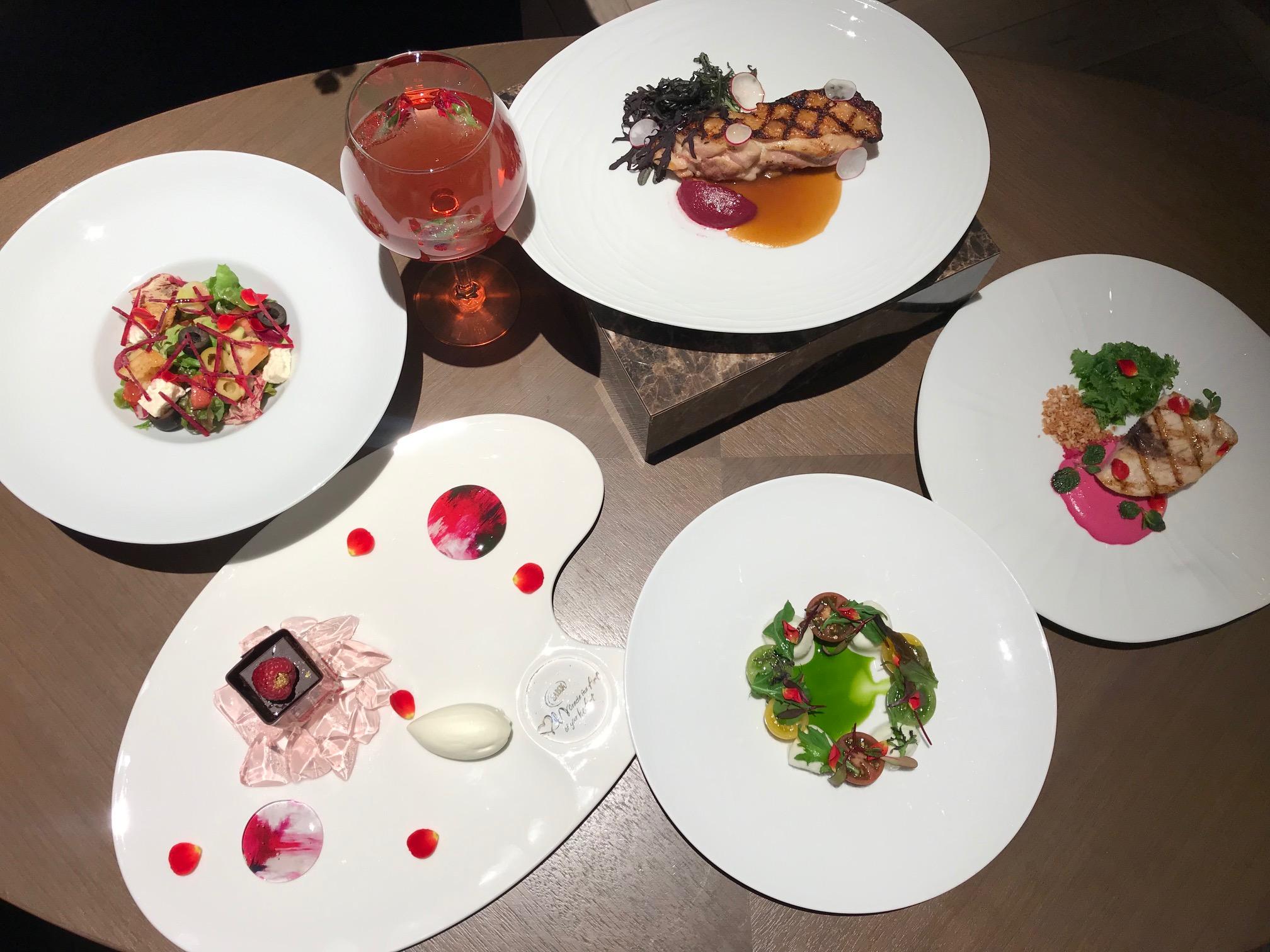 『SABON』が贈る、ローズ香るピンクのディナー(しかも特典つき♡)!! 今度のデートや女子会は『ザ ストリングス 表参道』で_2