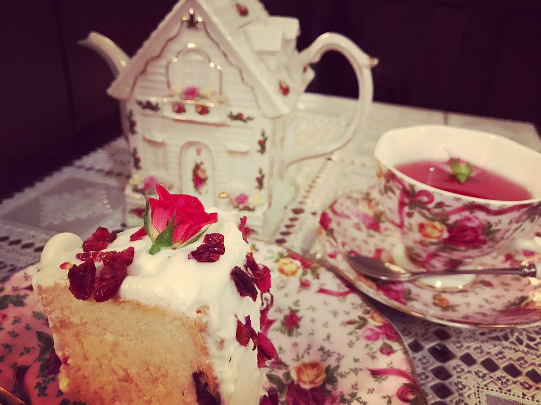 「カフェ シャンソニエ アコリット」のケーキセット