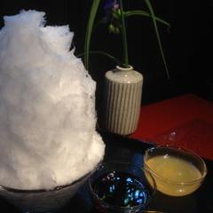 並んでも食べたい‼️夏の炎天下で3時間待ち⁉️阿佐美冷蔵の絶品かき氷✨