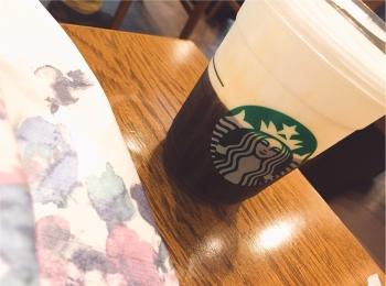 【スタバ】ブラック派でも楽しめるアレンジコーヒー!コールドブリュー ムース フォーム ヘーゼルナッツ☆