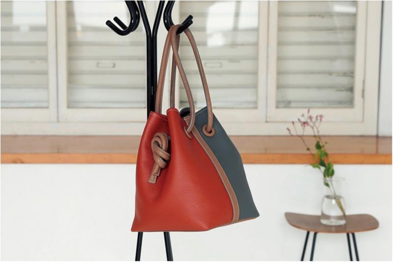 『ヴァジック』の限定バッグに、ヴィンテージアクセも♡ 人気スタイリスト・高橋美帆さんが気になるおしゃれニュース!_1_3