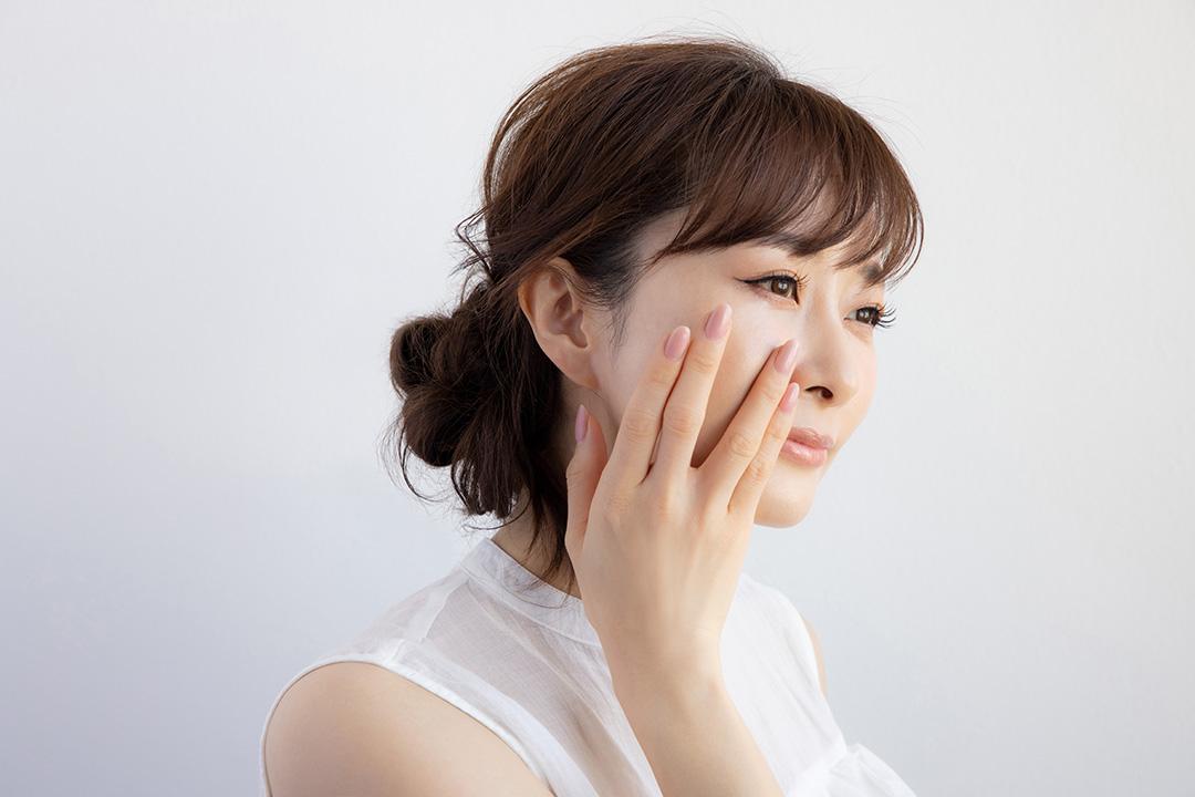 『カルテHD』が強い味方! 美容家・石井美保さん発、マスク時代の「ゆらぎ肌」ケア_9
