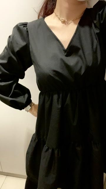 【GU】黒のティアードワンピで大人っぽ春コーデ_3