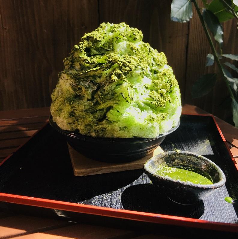 『茶氷プロジェクト』、富⼠宮市『⾷酒⽢味茶屋 天竺屋』の「静岡抹茶みるく純氷かき氷」