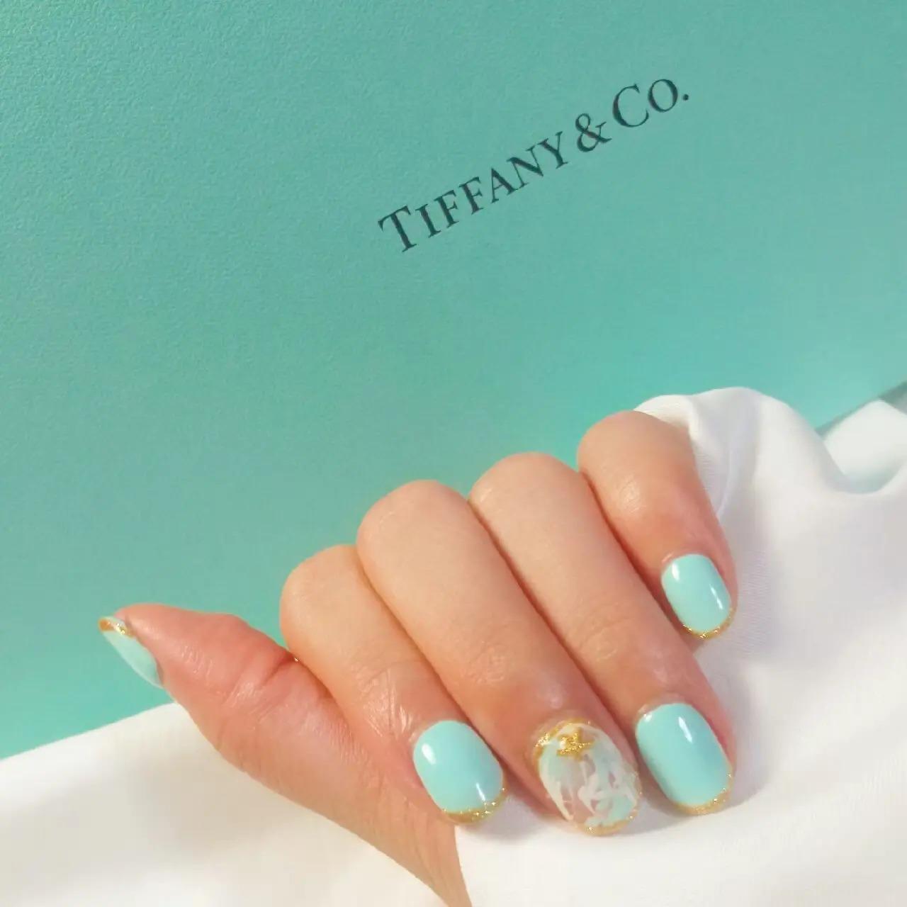 Tiffany blueをイメージしたネイル