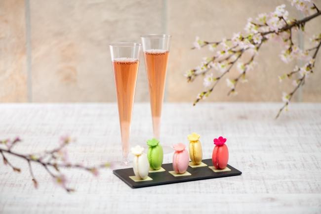 巨大なボトルはなんと万華鏡♡ 『東京ミッドタウン』の可愛すぎる桜イベント「CHANDON Blossom Lounge」【#桜 2019 9】_5
