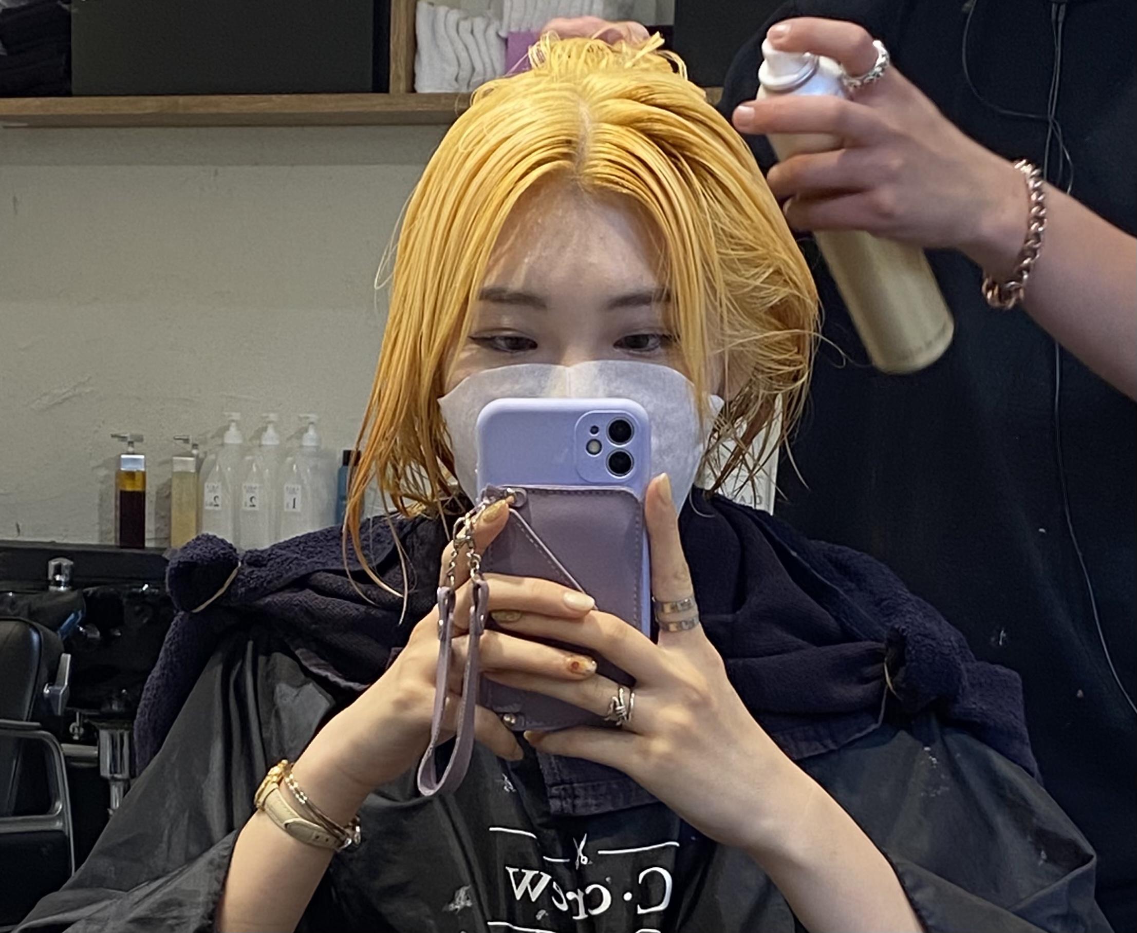 ブリーチ 金髪 派手髪