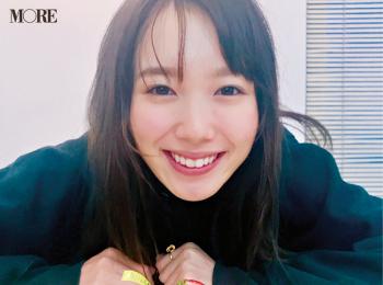 飯豊まりえがケーキでHAPPYに♡ AbemaTVのドラマ『僕だけが17歳の世界で』も本日スタート!【モデルのオフショット】