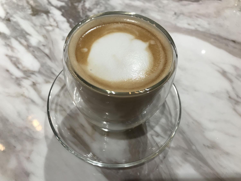 パティスリー・パロラのカフェラテ