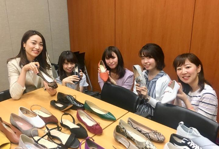 【MORE9月号】ついにSixTONES初登場♡♡ 「フラット靴」に『天気の子』に夏の楽しみ盛りだくさん!_4