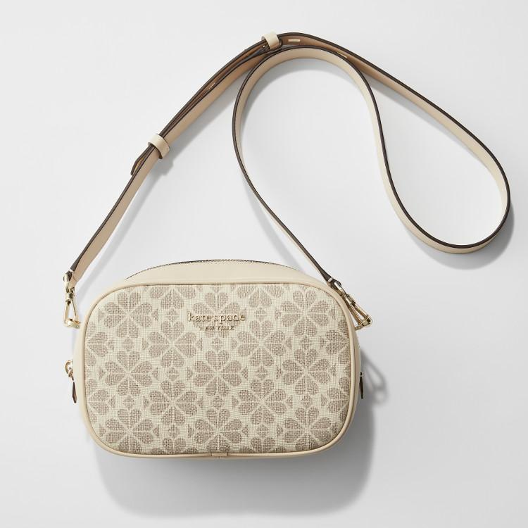 MOREプレゼントのケイトスペードニューヨークの白ショルダーバッグ