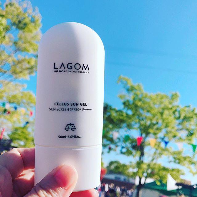 韓国コスメ『ラゴム(LAGOM)』の日焼け止めは、美容液効果で肌の潤いも持続♡_1