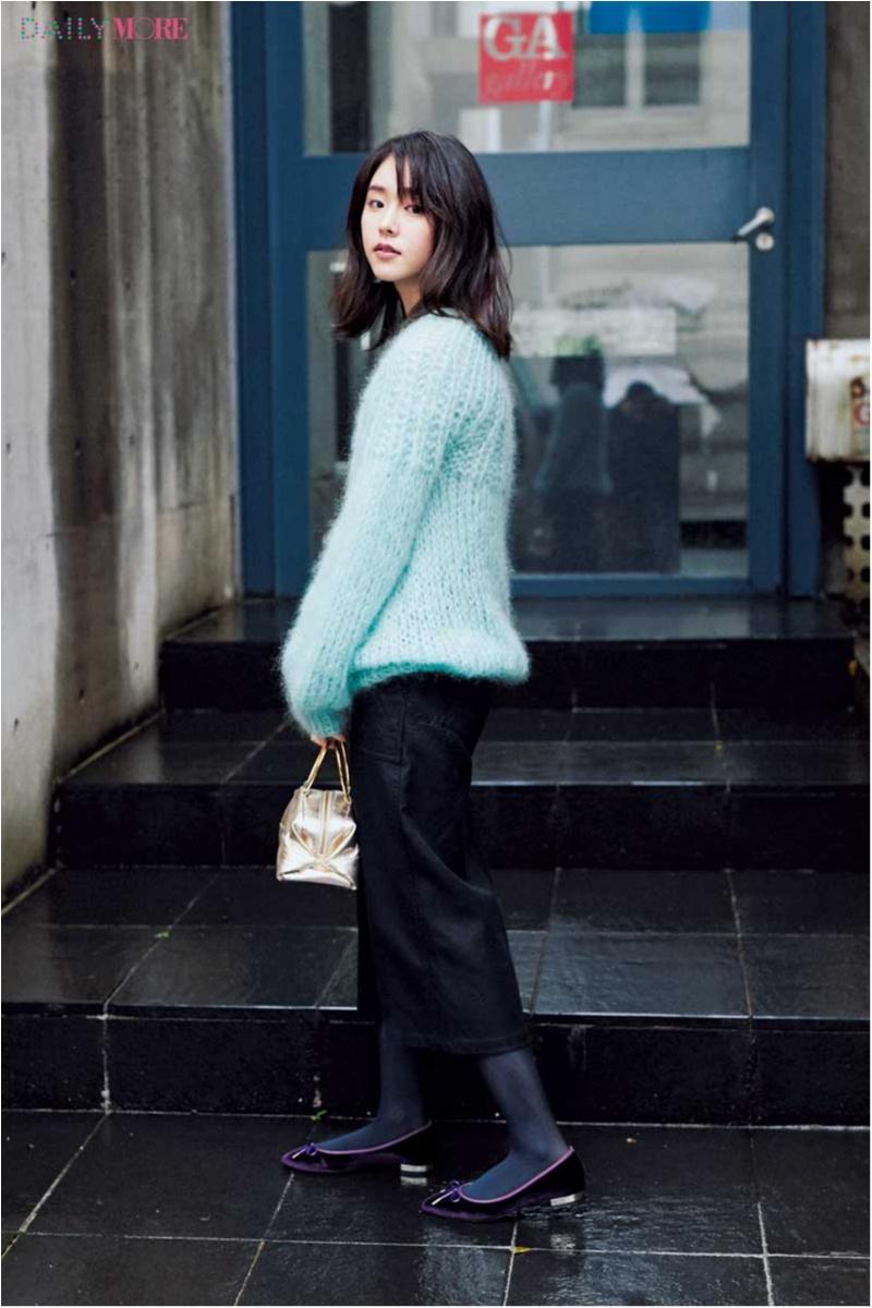 【今日のコーデ】ゆるふわモヘアニット×タイトスカートで、メリハリ感のある今どきスタイルに。_1