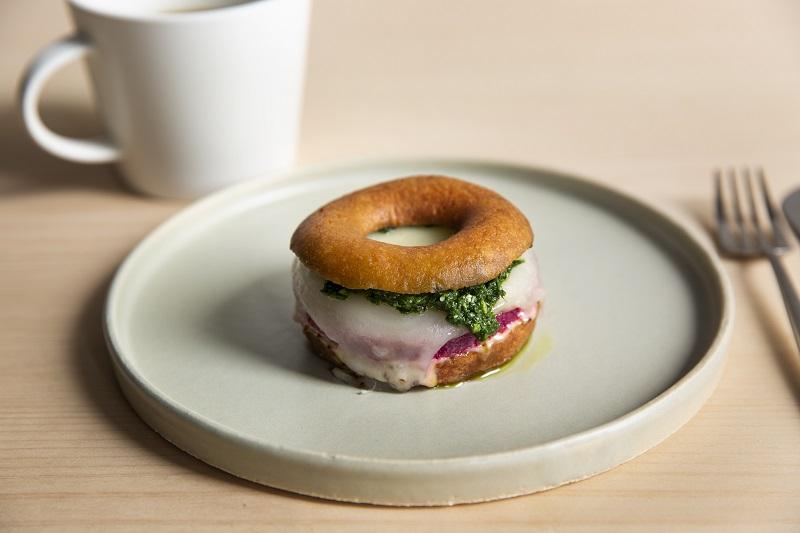 京都カフェのニューフェイス♡ ドーナツファクトリー「koe donuts」が、とにかくおしゃれすぎる件!_6