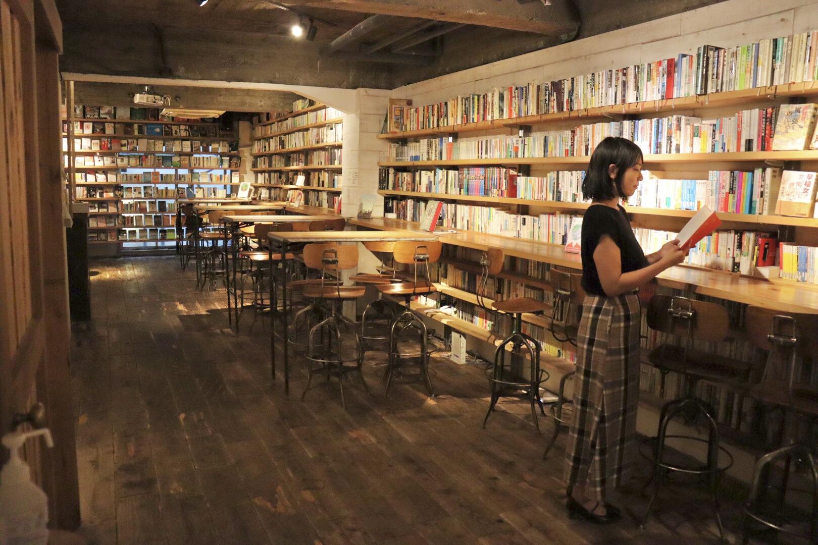 【飲食OK、おしゃべりOK、夜も開館】渋谷の穴場図書室_3