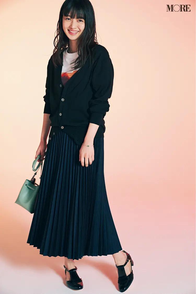 《デニムコーデ》デニム素材のプリーツスカート