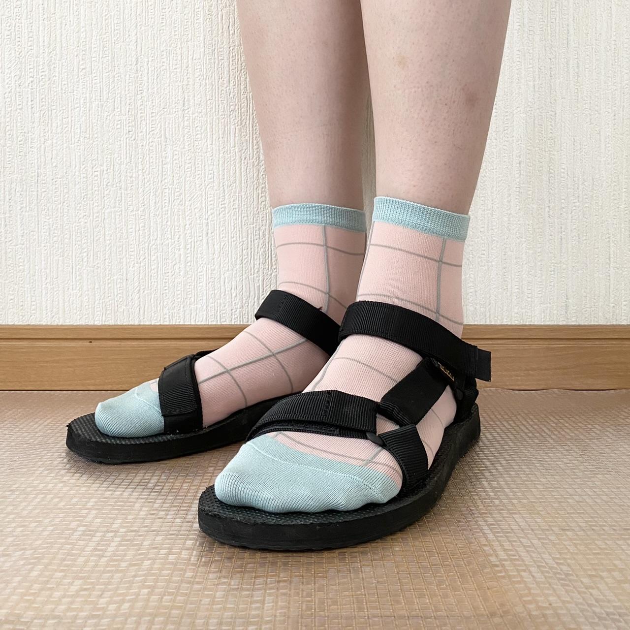 スポサン×カラフルなシアー素材の靴下