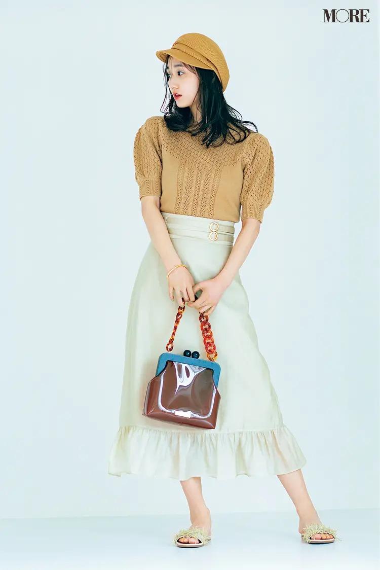 【帽子コーデ】キャスケット×透かし編みニット×スカート