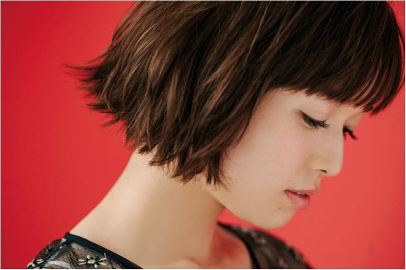 """人気スタイリストが解説。今、髪を切るなら """"フェミニンボブ"""" と """"センシュアルショート"""" の二択です!!_2"""
