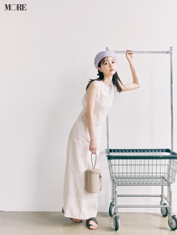 気持ちが開放される白い服。今夏の狙い目はフォトTとワンピースだ!_1
