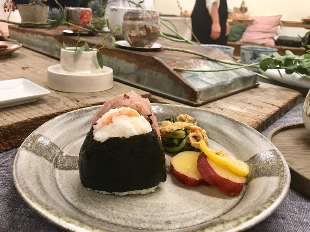 【朝時間.jp】料理が映える!《佐賀の和食器で楽しむテーブルスタイリング講座》へ♡_7