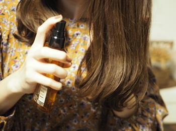 【La CASTA】の《髪の化粧水》レビュー!アホ毛・静電気撃退&うるおうサラサラ髪に。