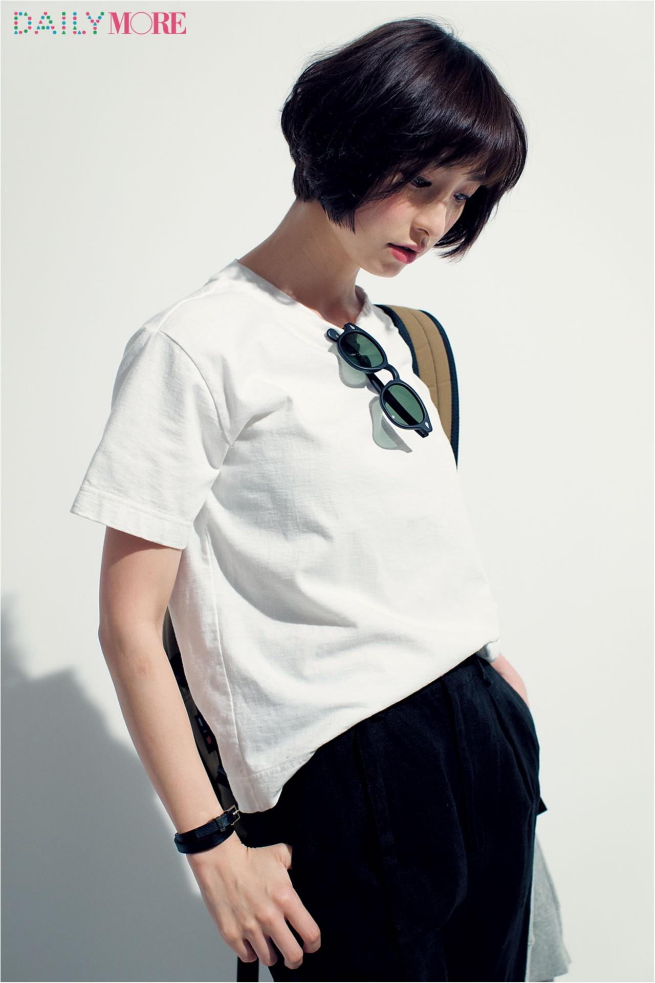 篠田麻里子がこだわる白Tシャツ講座。【MHL.&オーラリーの肉厚T編】_2