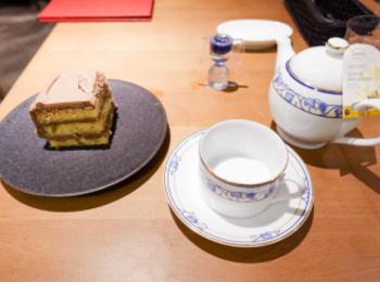 【大阪】マツコデラックスも大好き!?「Tops」カフェで人気のチョコレートケーキを食べてきた★くるみが入っていて甘すぎず美味しい