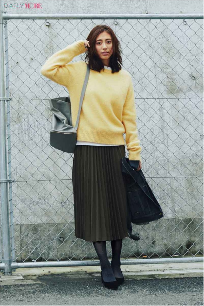 【黒orグレイ。迷うことない?】スカートの色にベストマッチなタイツの選び方、教えます☆_1_1