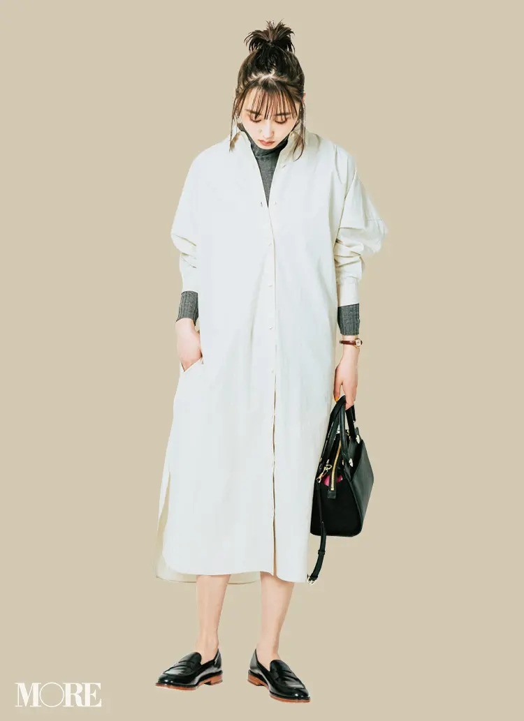 【春夏のローファーコーデ】あいまい配色×素足で女っぽく