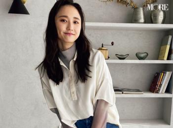 鈴木友菜は『ユニクロ ユー』のシアーシャツを愛用中【モデルのオフショット】