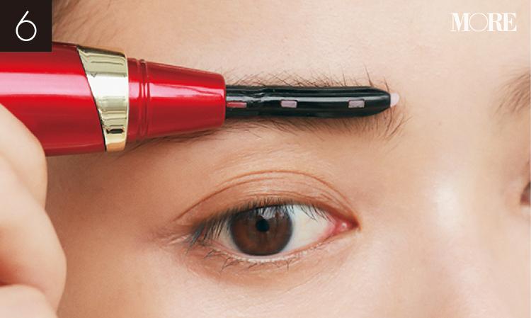 マスク生活で重要な目もとは、眉を立体感のある美人印象にチェンジ! 人気ヘア&メイク小田切ヒロさんが、おすすめアイテムから描き方まで伝授_12