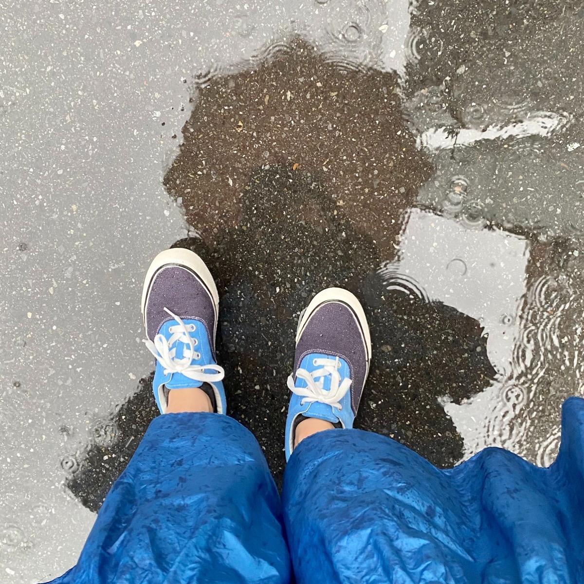 ワークマン WORKMAN #ワークマン女子 スニーカー シューズ 梅雨 雨の日 コーデ 撥水