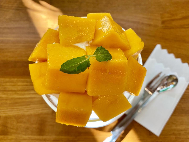 【季節のフルーツパフェ】大好きなフルーツがたくさんのったパフェを堪能_6