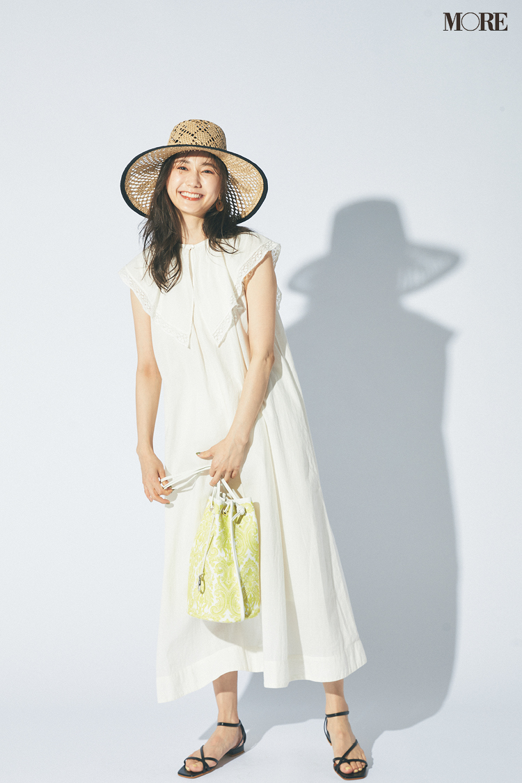 【ワンピースコーデ】衿付き白ノースリーブワンピと夏小物のコーデ