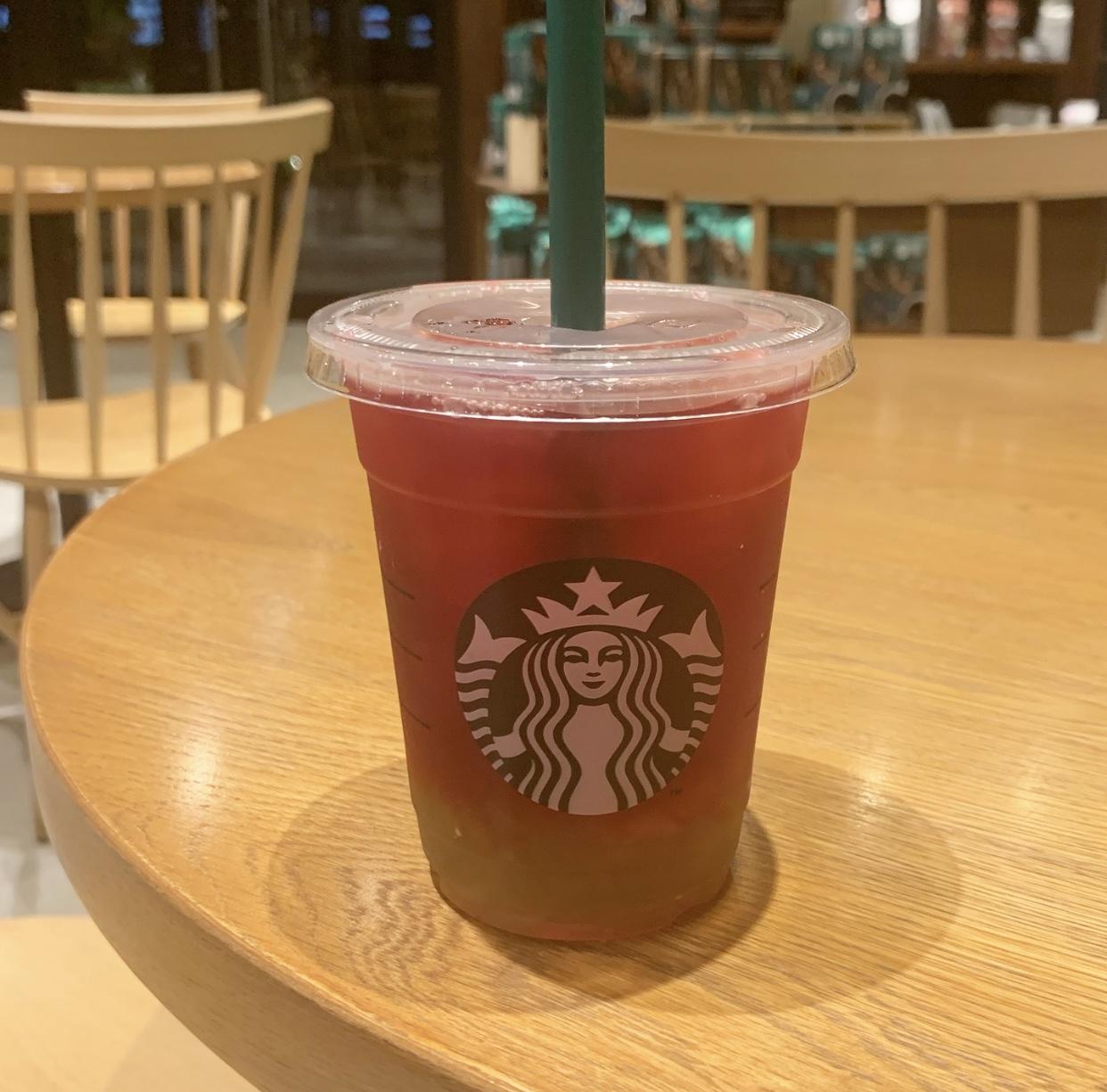 【スタバ新作】8月30日発売!!!ピンクとグリーンのりんごづくし!!皆さんはもう飲みましたか?⑅︎◡̈︎* _3